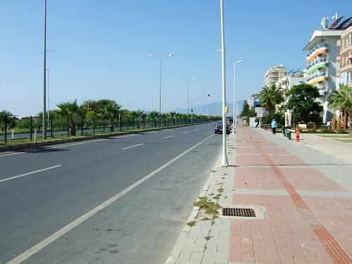Нажмите на изображение для увеличения Название: Улицы у побережья моря в Турции.jpg Просмотров: 169 Размер:86.8 Кб ID:272